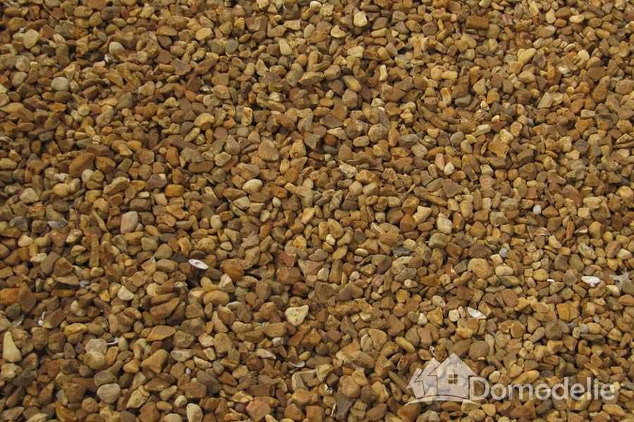 Мульчирование почвы гравием